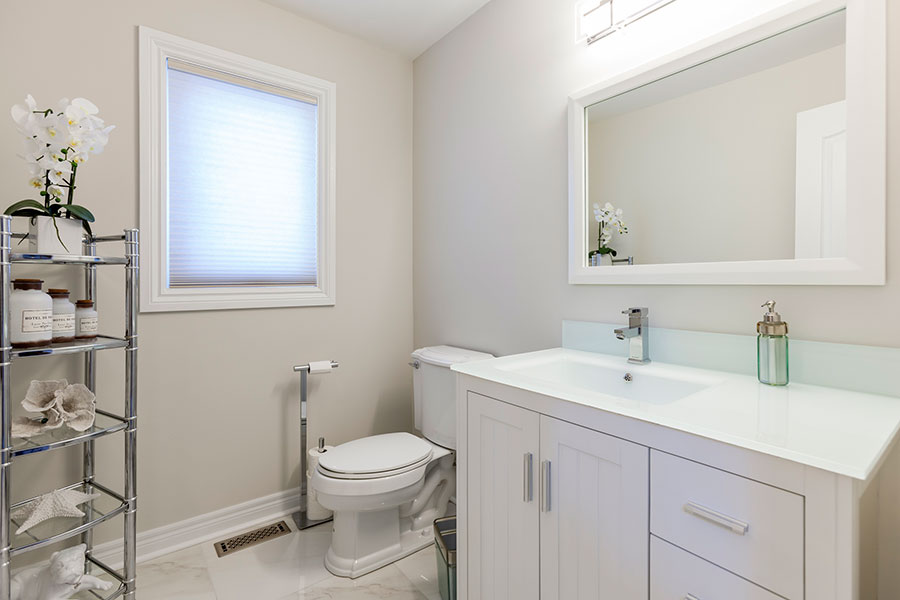 Bathroom remodel in Alterra Court in Vaughan