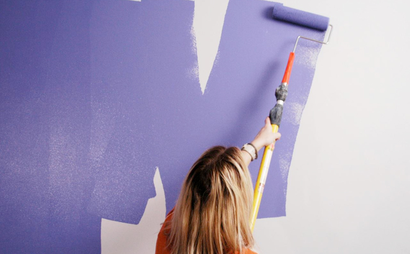 Paint your walls - DIY project to renovate your house