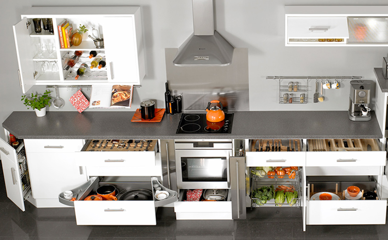 Reduce clutter in your kitchen in Vaughan whith built in-organizers.