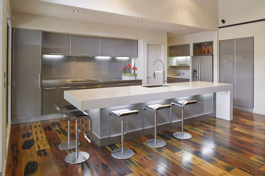 Kitchens with simple lines and easy to clean countertops for 2018
